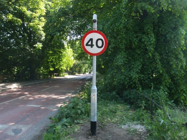 West Green - 40mph sign