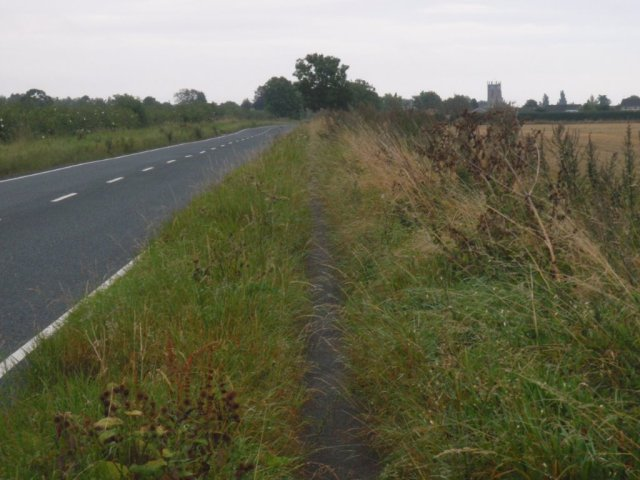 Yapham Road, Pocklington - Footpath