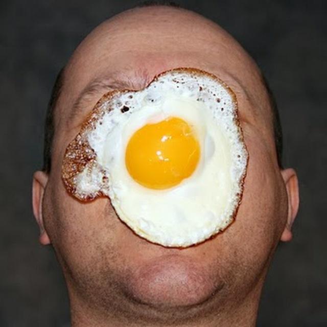 egg-on-face